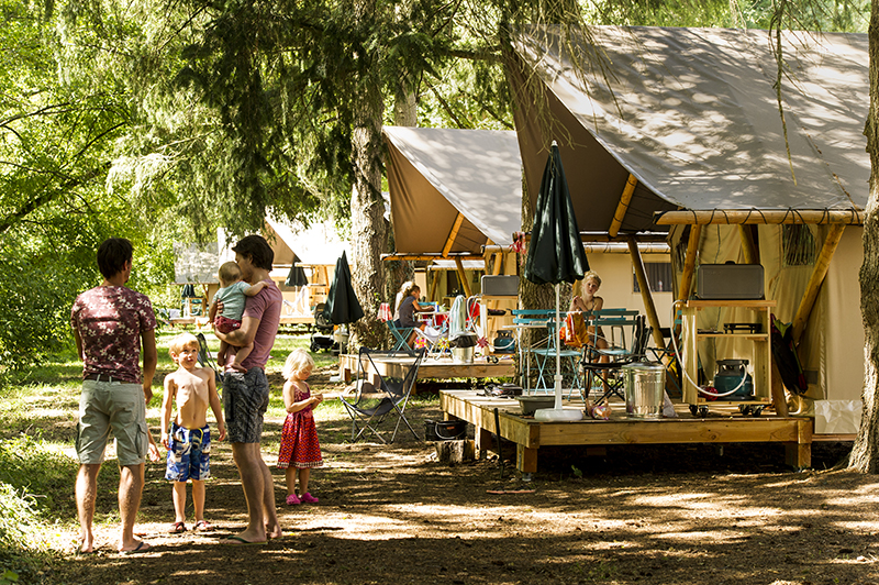 Glamping Camping Huttopia Les Châteaux